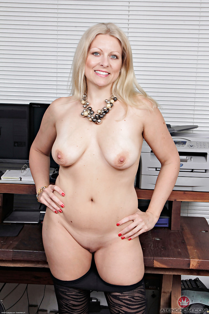 bettany hughes nude fake